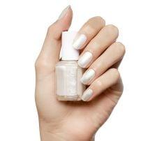 Essie lak za nokte 4 Pearly White